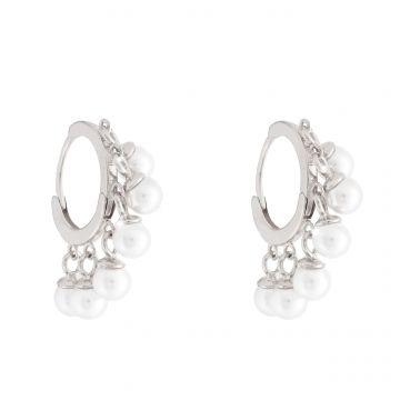 Orecchini con perle pendenti