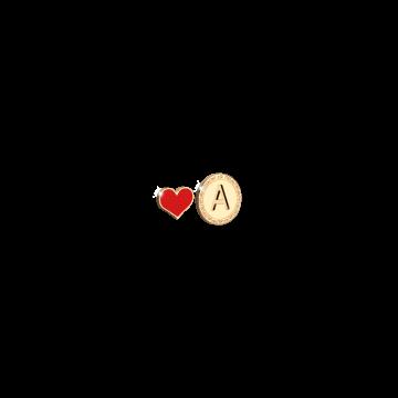 Orecchino in argento con lettera B incisa e cuore smaltato